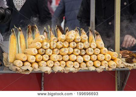 Corn On The Cob Kernels Peeled
