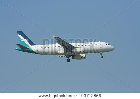 9V-sld Airbus A320-200 Of Silkair