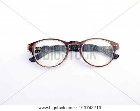 Eye glasses for short sighted or presbyopia.