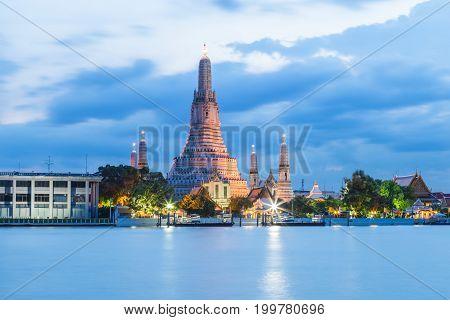 Sunset at Wat Arun in Bangkok Thailand.Landmark in Thailand