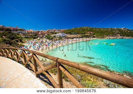 Spiaggia Di Rena Bianca Beach With Red Rocks And Azure Clear Water, Santa Terasa Gallura, Costa Smer