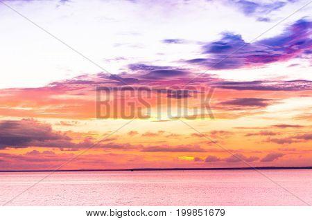 Bright Horizon Magnificent View