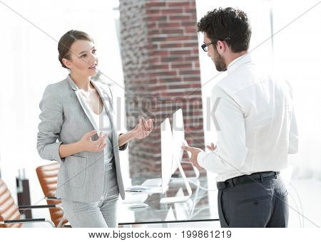 business woman talking with his assistant