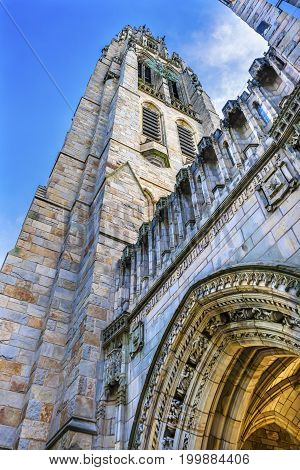 NEW HAVEN, CONNECTICUT-JUNE 24, 2017 Arch Harkness Tower Old Campus Yale University New Haven Connecticut. Completed in 1922 as part of Memorial Quadrangle.