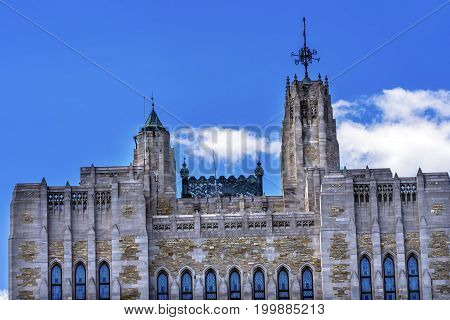 NEW HAVEN, CONNECTICUT-JUNE 24, 2017 Yale University Sterling Memorial Library Tower New Haven Connecticut Fifth largest library in the United States
