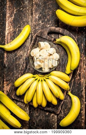 Fresh Bananas With Chopped Pieces In A Bowl.