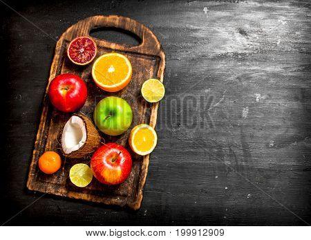 Of Ripe Fruit .