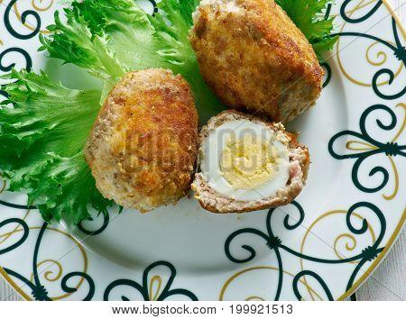 Tuxum Dulma Uzbek Dish