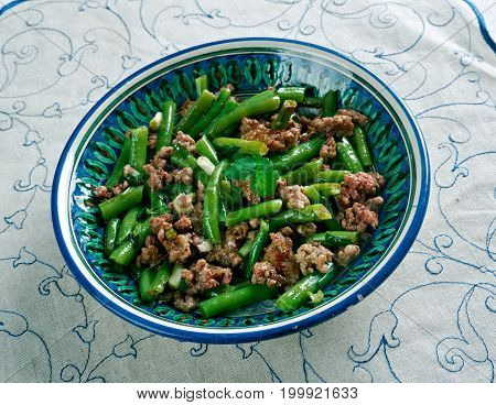 Tender Green Beans With Meat
