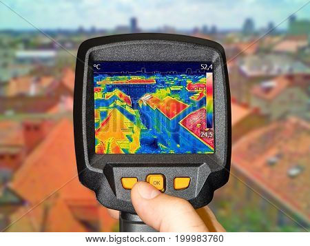 Recording panorama of Zagreb With Thermal Camera showing difference temperature