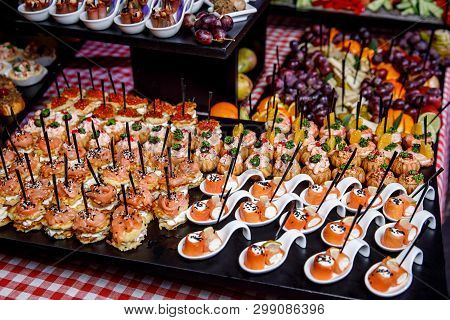 Various Small Snacks At The Banquet Event.