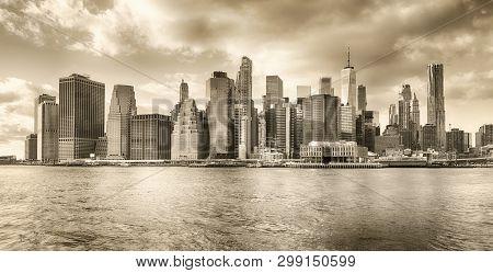 Monochrome View Of A Lower Manhattan Skyline.