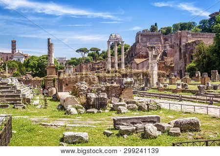 Roman Forum View In Summer, Rome, Italy. It Is One Of The Top Tourist Attractions Of Rome. Scenic Pa