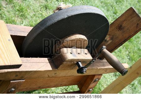 Sharpening Stone For Sharpen The Edges Of Steel Tools And Implements Through Grinding And Honing.