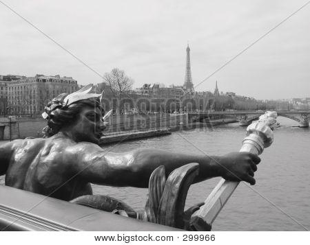 Alexander Point Bridge, Paris France