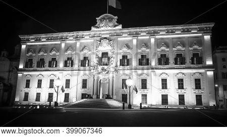 Famous Castille In Valletta - The Home Of The Maltese Prime Minister - Island Of Malta, Malta - Marc