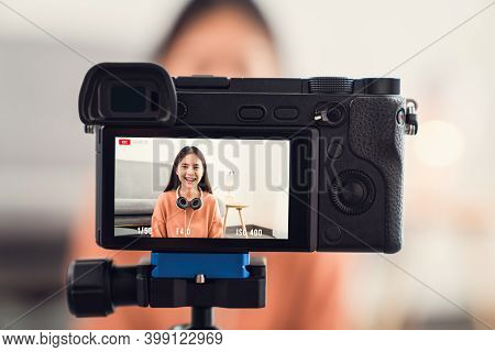 Young Beautiful Asian Woman Influence Vlogger Talking On Live Streaming Online Broadcast.
