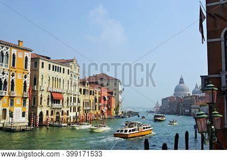 Venice, Italy - Sept 21, 2014: View On The Grand Canal In Venice From Academia Bridge At Sunrise. Th
