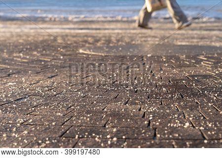 Abrasive, Against, Anti, Anti-icing Reagent, Calcium, Chemicals, Chloride, Conditions, Deicing, Dirt
