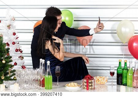 Lovers Drink To Celebrate The New Year Romantically