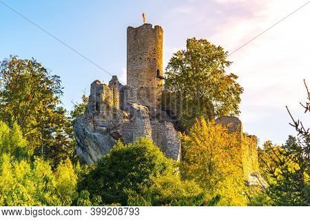 Frydstejn Castle Ruins. Medieval Stronghold With Massive Rounded Guard Tower. Bohemian Paradise, Cze