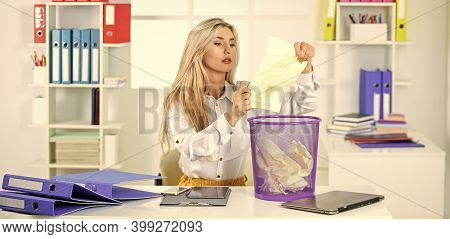 Office Spy. Crumpled Paper In Wastepaper Basket. Girl Reading Piece Of Paper. Office Worker Digging
