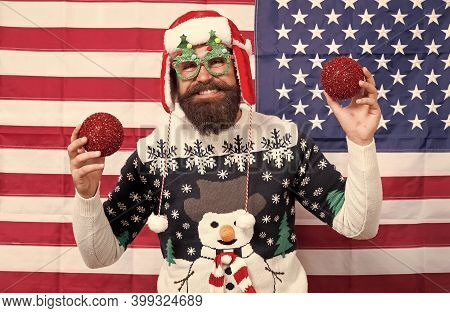 American Tradition. Santa Claus. Cheerful Mood. Christmas Tradition From Usa. Xmas And New Year. Tra