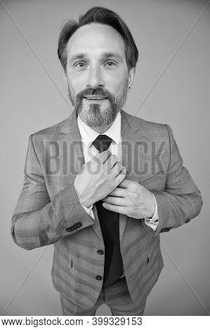 Building Business Wardrobe. Mature Man Fix Necktie. Wardrobe Dealer. Capsule Wardrobe. Essential Clo