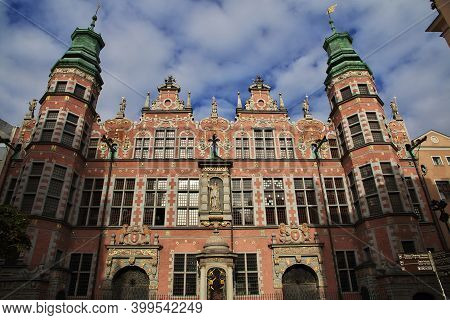 Gdansk, Poland - 18 Sep 2015: The Vintage House Of Gdansk In Northern Poland