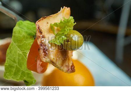 Calamari Salata Meze