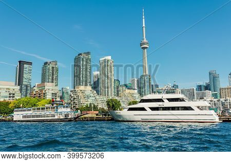 Toronto, Ontario,canada, Oct.11,2019, Water Front Down Town Area, Great Magnificent Inviting View Of