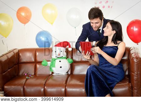 Couples Are Enjoying The New Year, Happy New Year