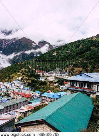 Everest Nepal September 30, 2019 View Of The Landscape And The Way To Everest Base Camp, Trek In Nep