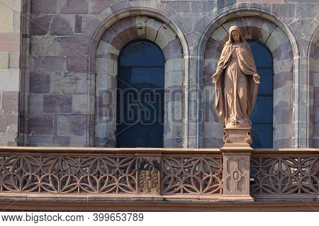 Sculpture Of The Virgin Mary At The Entrance To The Freiburg Cathedral, Muensterplatz Cathedral Squa