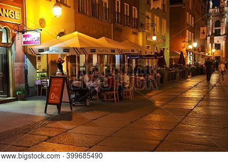 Gdansk, Poland - 17 Sep 2015: The Vintage Street Of Gdansk In Northern Poland At Night
