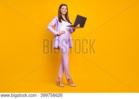 Full Length Photo Of Charming Business Ceo Lady Holding Notebook Hands Chatting With Colleagues Part