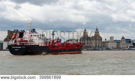 Seacombe, Uk: Jun 23, 2020: The Oil & Chemical Tanker Stolt Sandpiper Passes Liverpool Waterfront As
