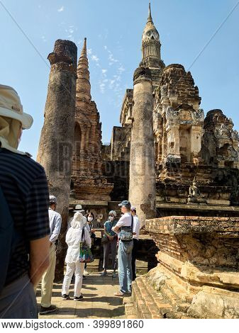 Sukhothai Thailand-28 November 2020:wat Mahathat Temple, Sukhothai Province Is A Temple In The Area