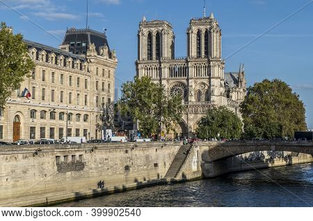 Paris, France - 09-12-2018:  Notre Dame Basilica Seen From A Boat On The Seine