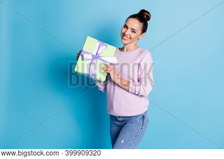 Portrait Of Her She Nice-looking Attractive Lovely Charming Pretty Cheerful Cheery Girl Holding In H