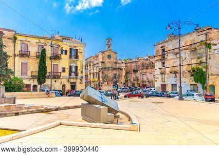 Taranto, Italy - May 7, 2018: Piazza Fontana Fountain Square With Chiesa Di San Nicola Della Piazza
