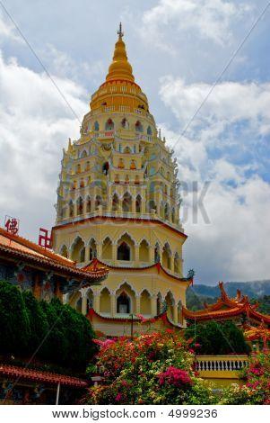 Pagoda At Kek Lok Si, Penang