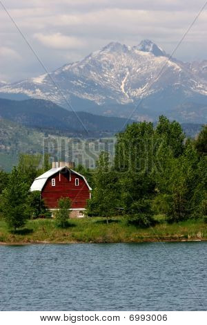 Long's Peak & Barn