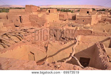Old Part Of Desert Town Mut In Dakhla Oasis, Egypt.