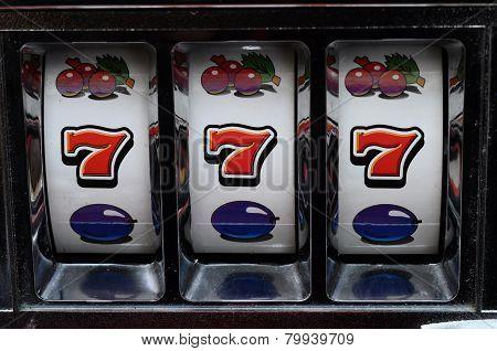 Slot Machine And Jackpot
