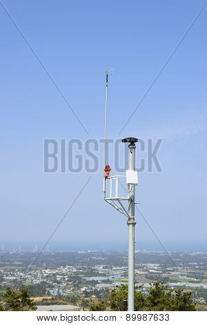 Lgihtning Rod And Cctv Camera For Fire Prevention