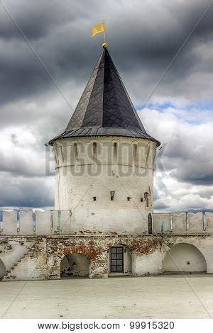 Tobolsk Kremlin Sentry Towers Menacing Sky Russia