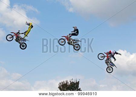 Multi FMX jump