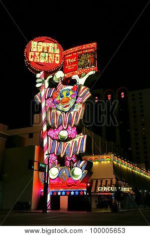 Reno, Usa - August 12: Circus Circus Hotel And Casino Sign At Night On August 12, 2014 In Reno, Usa.