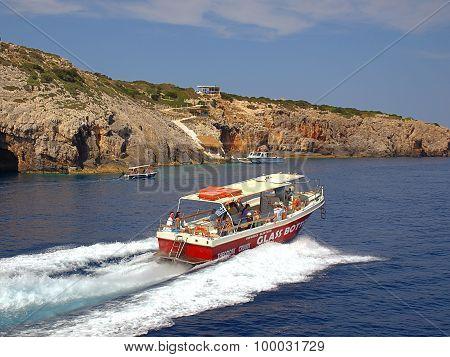 Sea tour in Greece